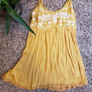 Spaghetti strap embroidered dress
